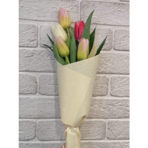 Tulipán csokor 5 szálas