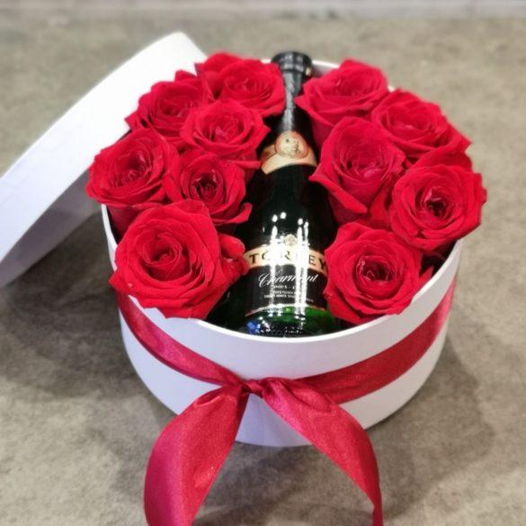 Rózsa és pezsgő virágdoboz