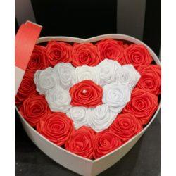 Örökrózsabox szív