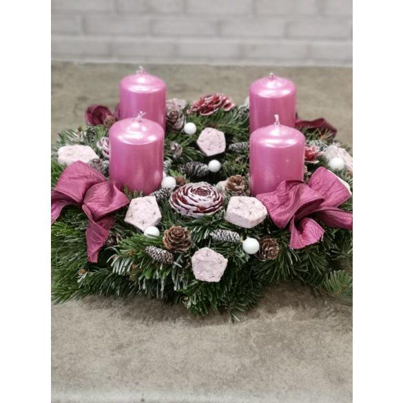 Pink adventi koszorú