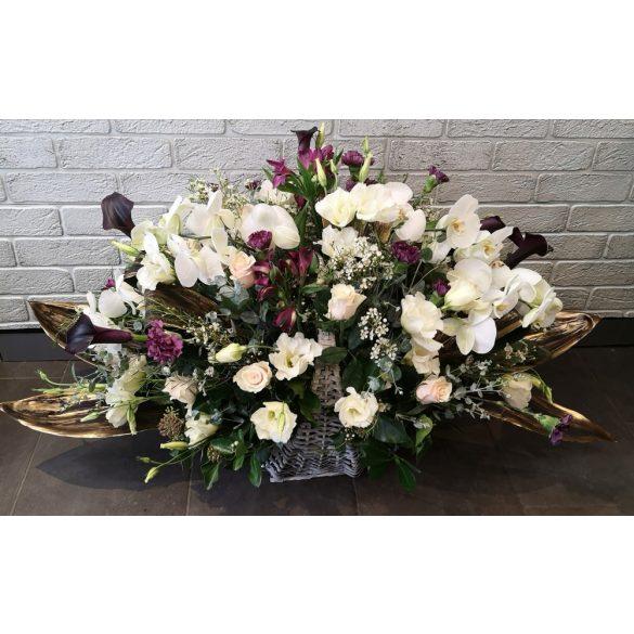 Exkluzív extra nagy virágkosár
